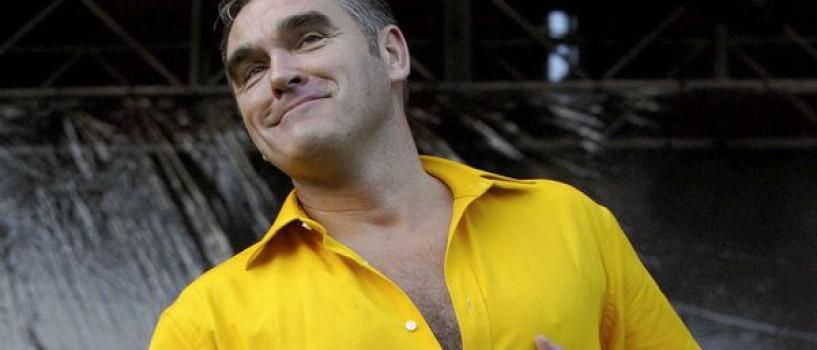 Morrissey canta si scrie la fel de bine! A mai lansat o carte!
