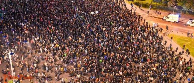 """""""Românii își vor lua țara înapoi, oricât vreți voi să vă opuneți"""""""