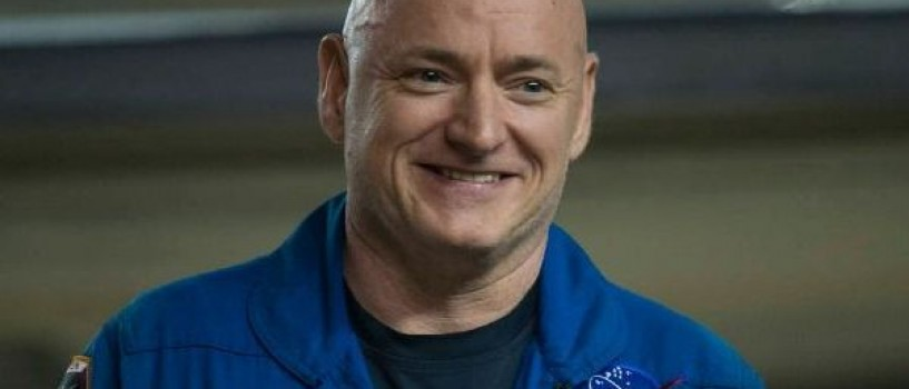 Dupa un an petrecut in spatiu, astronautul Scott Kelly s-a intors cu 5 cm mai inalt!