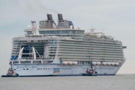 Urca la bordul celui mai mare vas de croaziera construit vreodata!