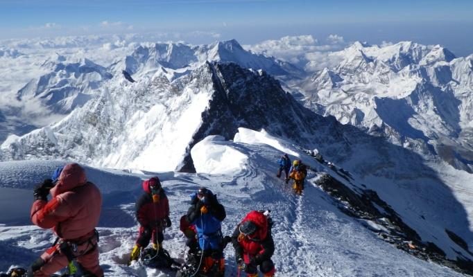 Ce se intampla cu corpul tau pe Muntele Everest?