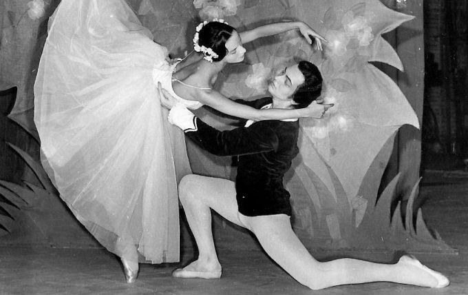 O carte pentru iubitorii dansului clasic: Sergiu Stefanschi - Un artist, un destin, o stea!