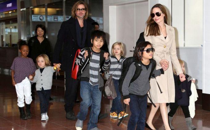 Brad Pitt si Angelina Jolie isi cresc copiii intr-un haos total. Iata ce povestesc fostele bone!