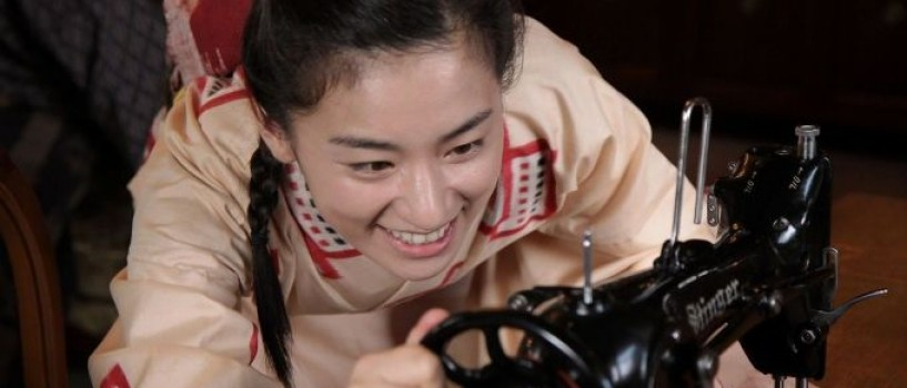 TVR aduce pe micile ecrane povestea vietii creatoarei de moda japoneze Koshino Ayako!