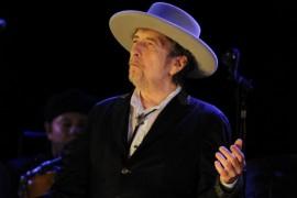 Bob Dylan este castigatorul Premiului Nobel pentru Literatura in 2016!