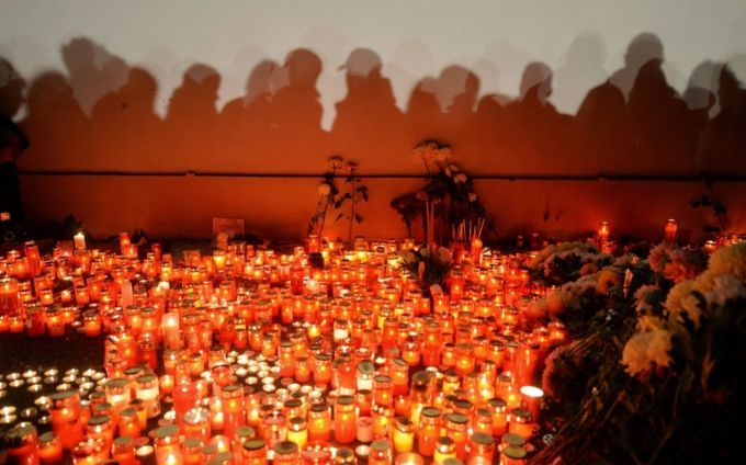 Romania te iubesc investigheaza tragedia din Colectiv: multa durere, niciun vinovat!