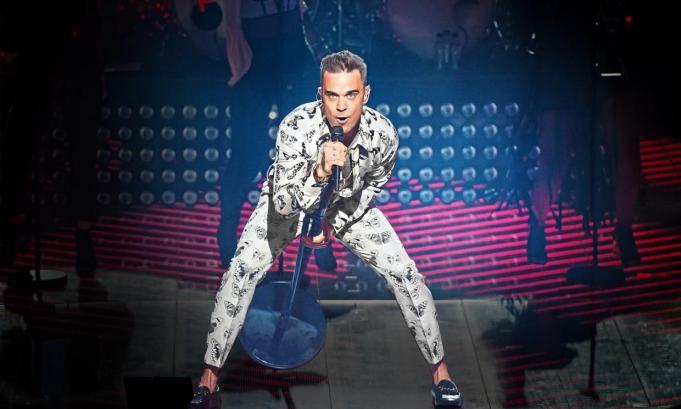 Robbie Williams a marturisit ca boala de care sufera ii afecteaza capacitatea de a dansa!