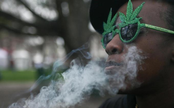 America e high! Orasul Denver a legalizat consumul de canabis!
