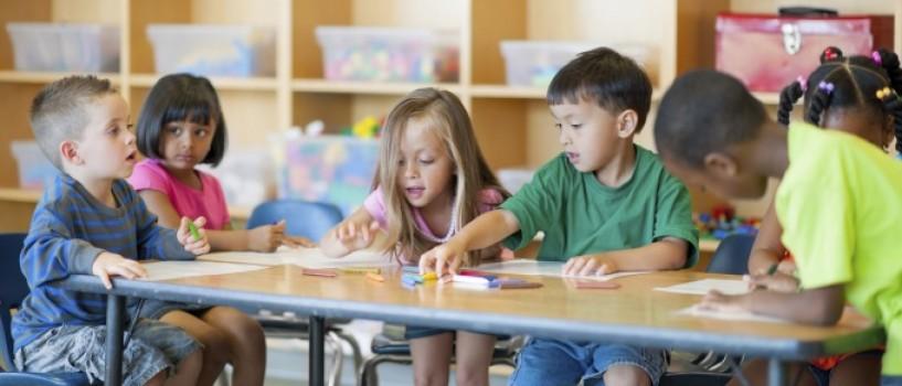 Cresc copii fericiti! Cele 5 principii care stau la baza educatiei daneze!