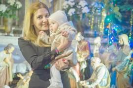 Amalia Enache si-a botezat fetita de Craciun!