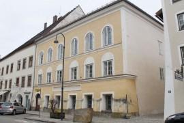 Statul austriac a confiscat casa in care s-a nascut Adolf Hitler!