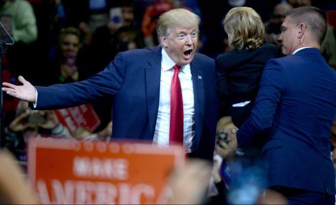 Sanatatea mintala a lui Donald Trump este pusa sub semnul intrebarii!