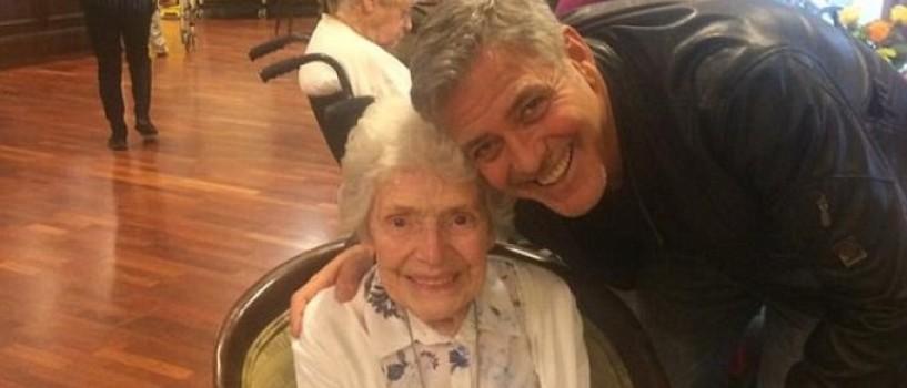 George Clooney i-a facut surpriza vietii ei unei batrane de 87 de ani!