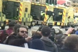 Un barbat a fost surprins facandu-si selfie in locul atacului terorist de la Londra!