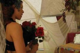 Ce este sologamia si de ce aleg unele femei sa se marite cu ele insele?