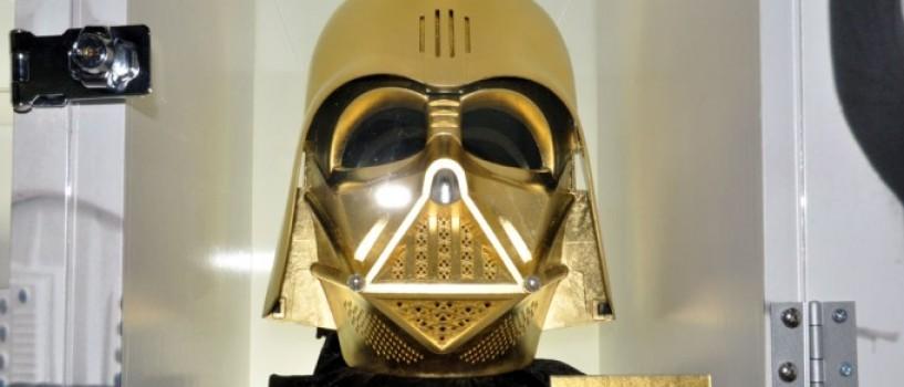 O masca de aur a lui Darth Vader in valoare de un milion de euro va fi pusa in vanzare cu ocazia zilei Star Wars!