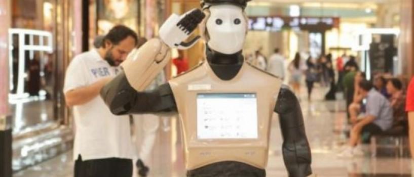Primul robot politist din lume va patrula pe strazile din Dubai!