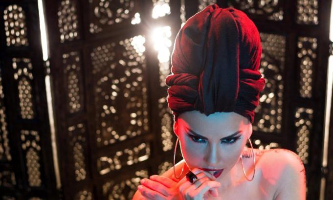 Lavinia Parva, schimbare spectaculoasa de look pentru... Sfarsitul lumii!