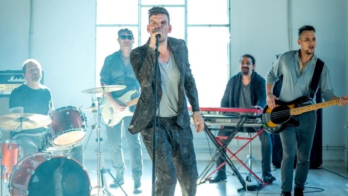 Vama canta in premiera piesa CURE-K la Romanii au talent!