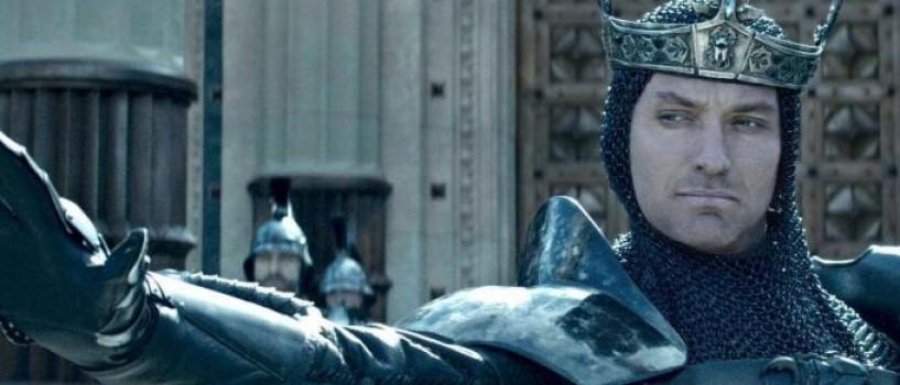 King Arthur: Legenda Sabiei – o poveste cu un aer mai modern si mai curajos in regia lui Guy Ritchie!