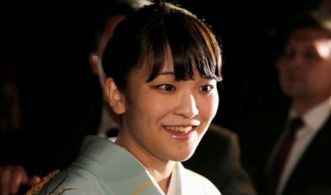 Printesa japoneza Mako renunta la statutul regal pentru a se marita cu un om de rand!