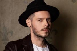 Jurjak a lansat videoclipul piesei Timp de iubit!