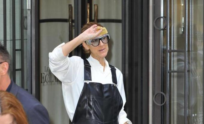 Celine Dion si-a facut aparitia la Paris intr-o tinuta de 100 000 de dolari!