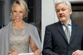 Scrisoare de dragoste pentru Julian Assange de la Pamela Anderson!
