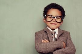 De ce nu ar trebui sa-ti lauzi copilul ca e destept?