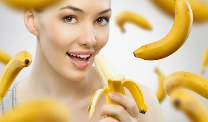 Un mar pe zi tine doctorul departe! O banana pe zi...