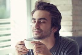 Iata cate beneficii pentru sanatate iti aduc trei cafele pe zi!