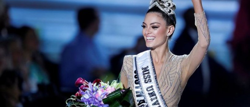 VIDEO: Demi-Leigh Nel-Peters din Africa de Sud este Miss Universe 2017!