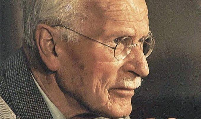 O editura din Romania finalizeaza de tradus si publicat integral opera lui Carl Gustav Jung, fiind printre putinele din lume cu acest demers!