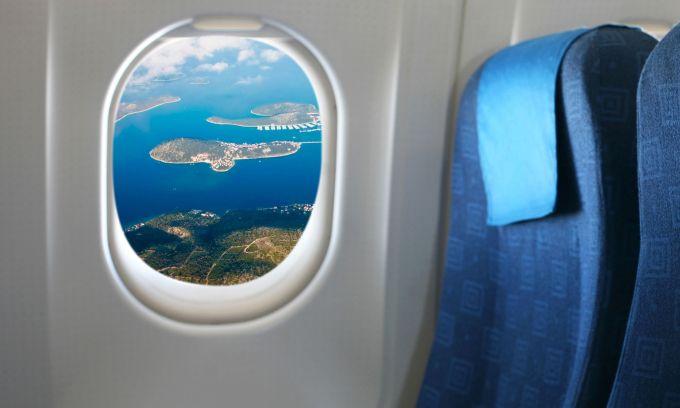 De ce au avioanele ferestrele rotunde?
