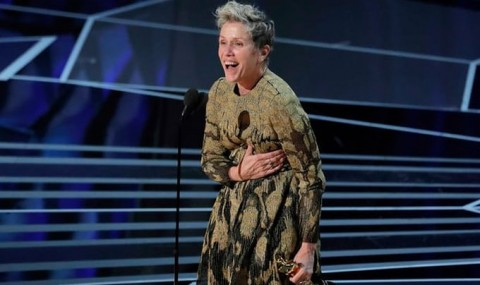 Un hot a furat Oscarul lui Frances McDormand pentru a se lauda pe Facebook cu el!