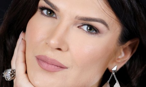 Monica Barladeanu vorbeste despre traumele care i-au marcat existenta, maine, la Pro TV!
