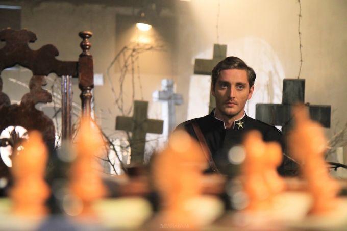 APOSTOLUL BOLOGA, o adaptare cinematografica inedita a romanului Padurea Spanzuratilor, din noiembrie, la cinema!